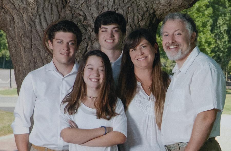 Kocmund family