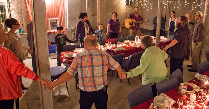Simple Church Blends Dinner Worship And Enterprise To